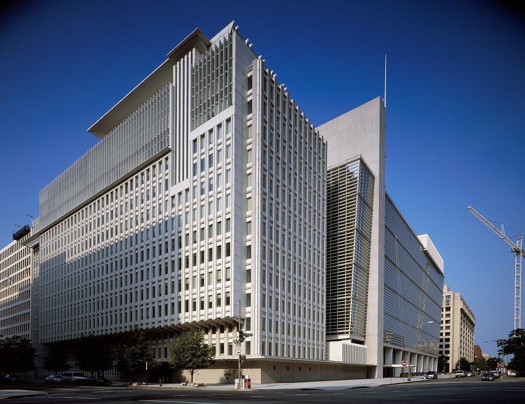 لماذا تلجأ الحكومات إلى الاقتراض من صندوق النقد؟