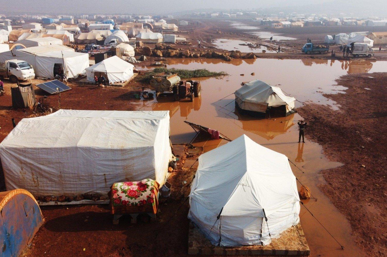 مخيمات النزوح السوري ومأساة إبريق الزيت